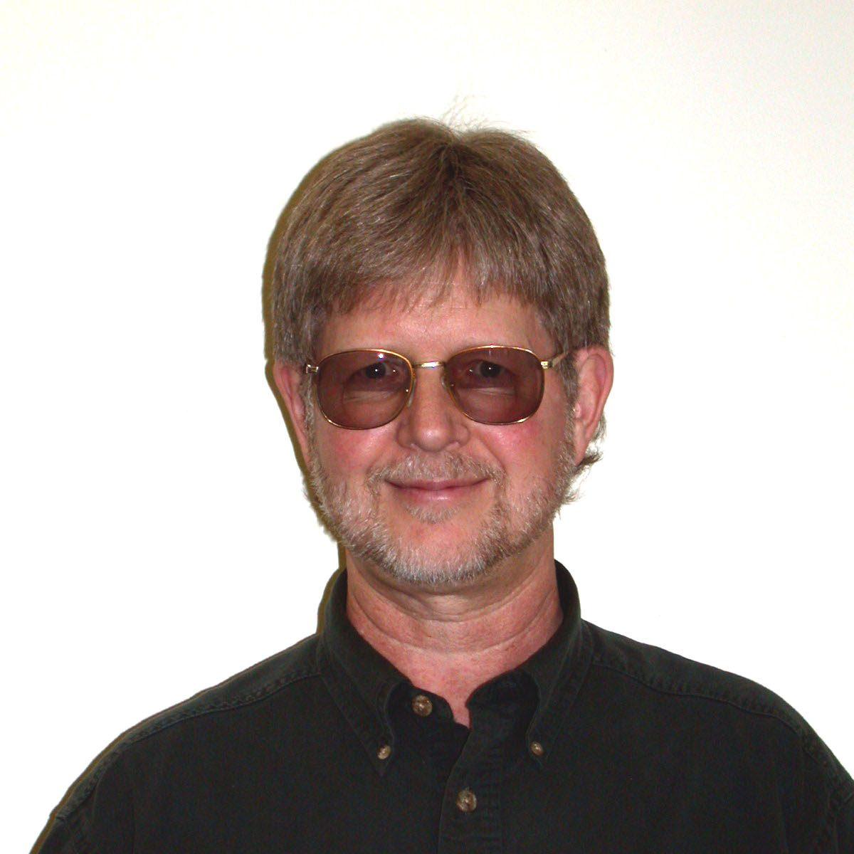 Emeritus Professor Dr. Bary Huebert