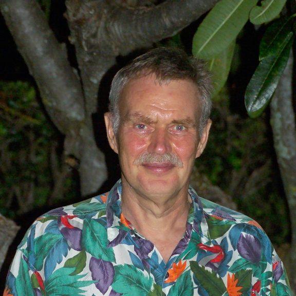 Emeritus Professor Dr. Peter Muller