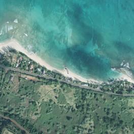 http://ilikai.soest.hawaii.edu/HILO/vary/spatial/UnivHawaiiCoastalGeologyLab_Chuns_aerial.jpg