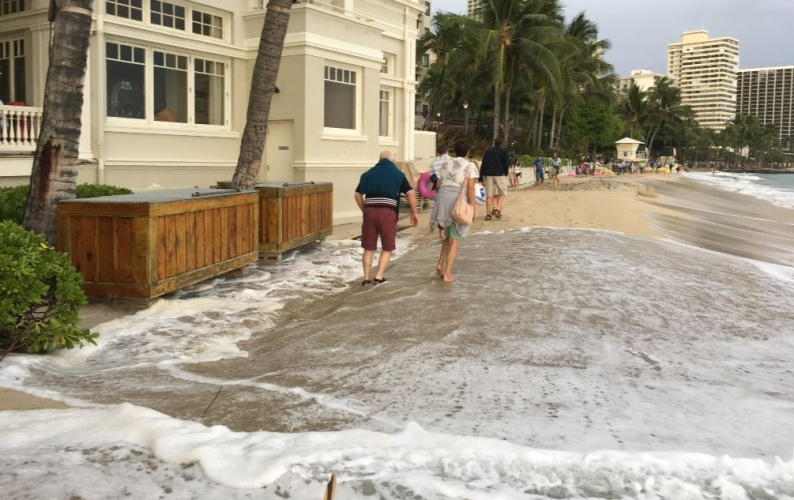 Tides at the Moana Surfrider on Waikiki Beach in late April 2017.