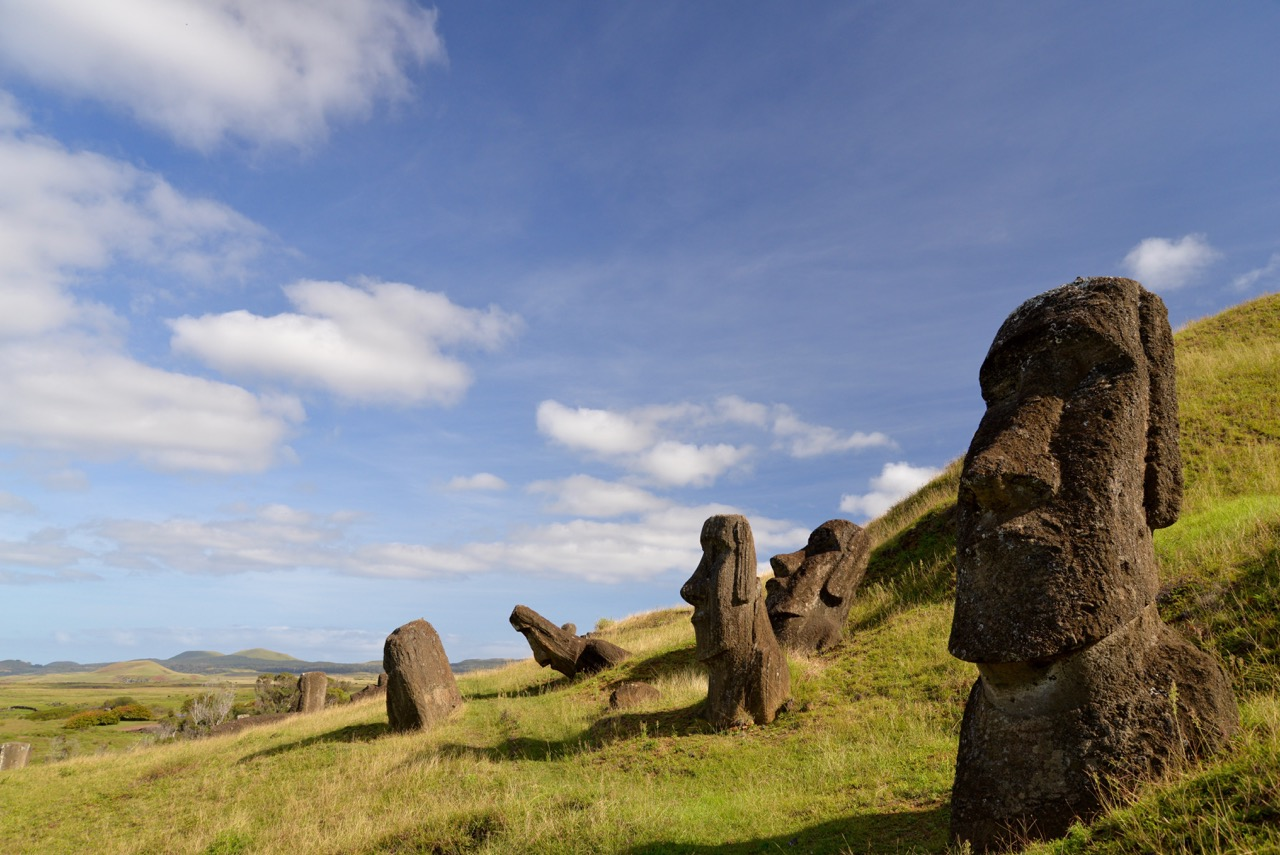Moai (statues) on Rapa Nui. Credit: Terry Hunt.