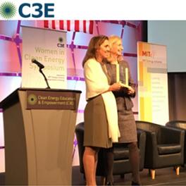 Nicole Lautze recieves C3E award on 15 Nov 2017