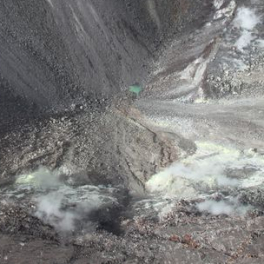 Image of a green pond in Halemaumau Crater