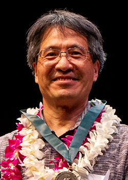 Bo Qiu, 2018 Board of Regents' Medal for Excellence in Research