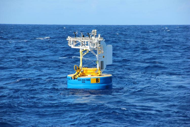 Off the coast of Hawaii, a Woods Hole Oceanographic Institution (WHOI) Hawaii Ocean Time-series Station buoy makes measurements of air-sea carbon dioxide, seawater pH, and other oceanographic parameters.